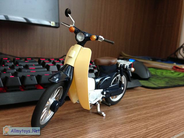 Honda Super Cub Model Toy Bike