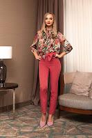 Pantaloni PrettyGirl corai office cu talie inalta