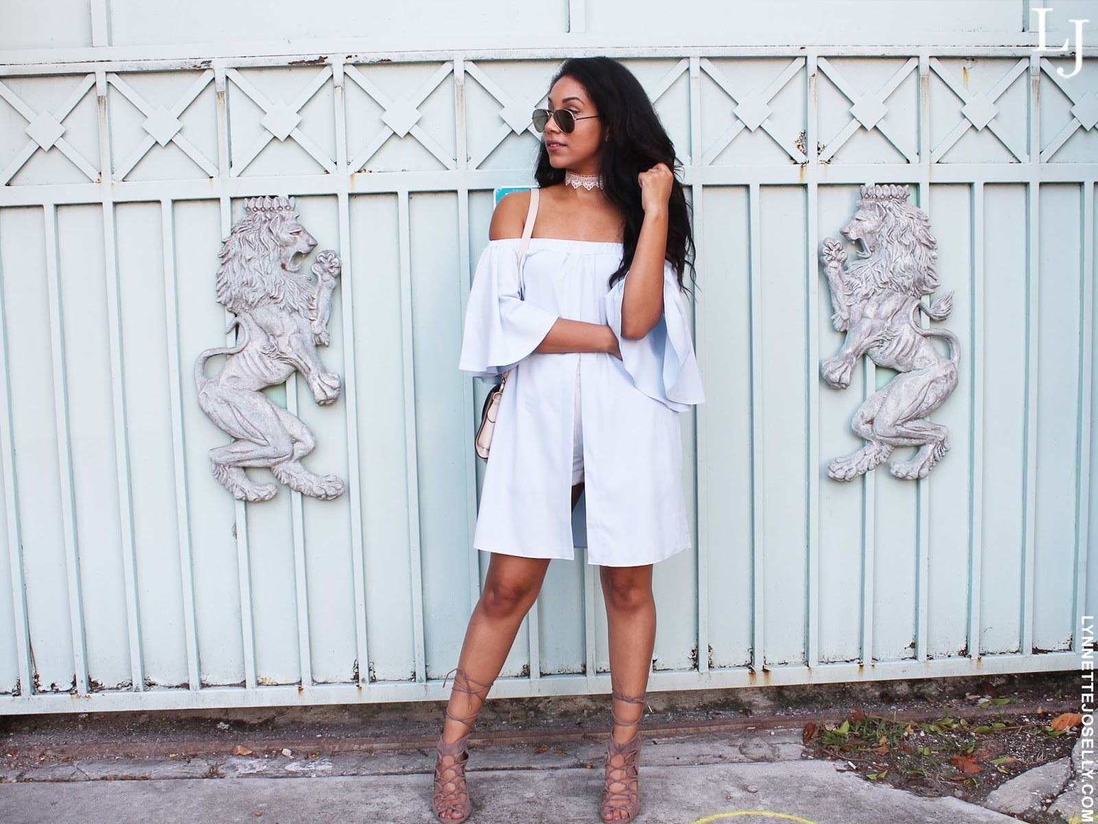 off-the-shoulder-blouse-trend