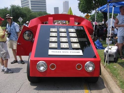اغرب سيارت في العالم telephonecar1.jpg