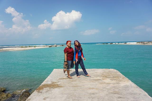 Berlayar ke Kampung Bugis Pulau Sebira (1)