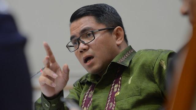 Jokowi Dituding Pencitraan di Afghanistan, PDIP Naik Pitam