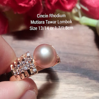 Model Perhiasan Mutiara Lombok