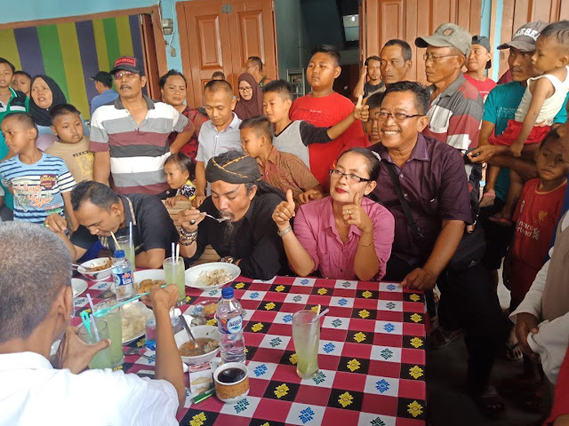 Master Limbad Singgah Di RM Bungsu Binjai Utara