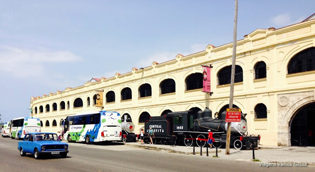 Mercado onde vende-se artesanato, Havana, Cuba
