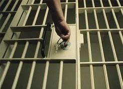 Ministerio Público SDE logra condenas de 30, 20 y 10 años de prisión contra cinco hombres por narcotráfico y asaltos