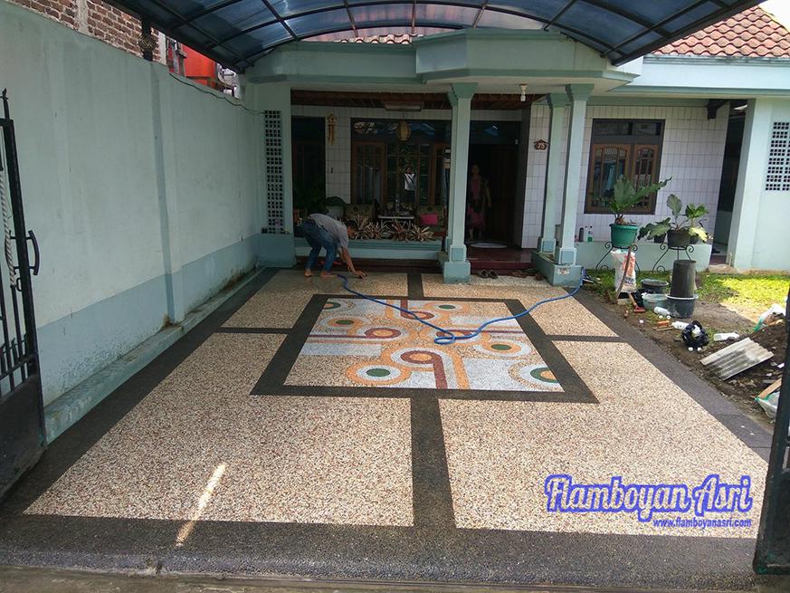 Batu Sikat Teras Rumah Tukang Taman Surabaya