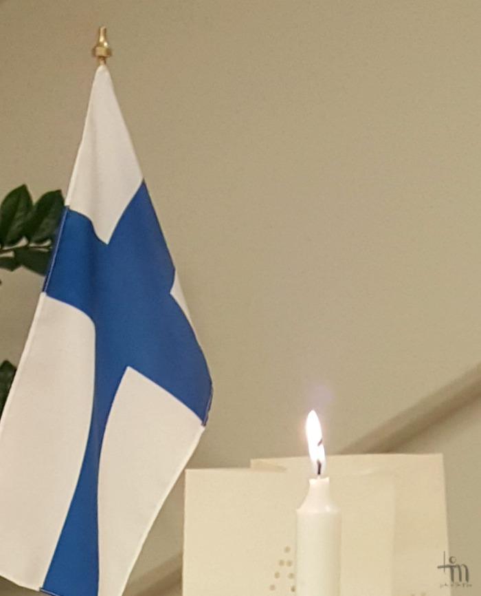 Suomen lippu - siniristilippu