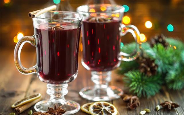 Ζεστό αρωµατικό κρασί