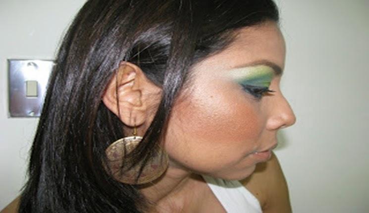 maquillaje color verde claro
