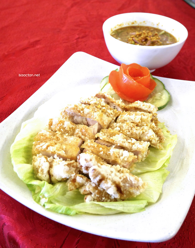 Crispy Chicken with Thai Sauce - RM20