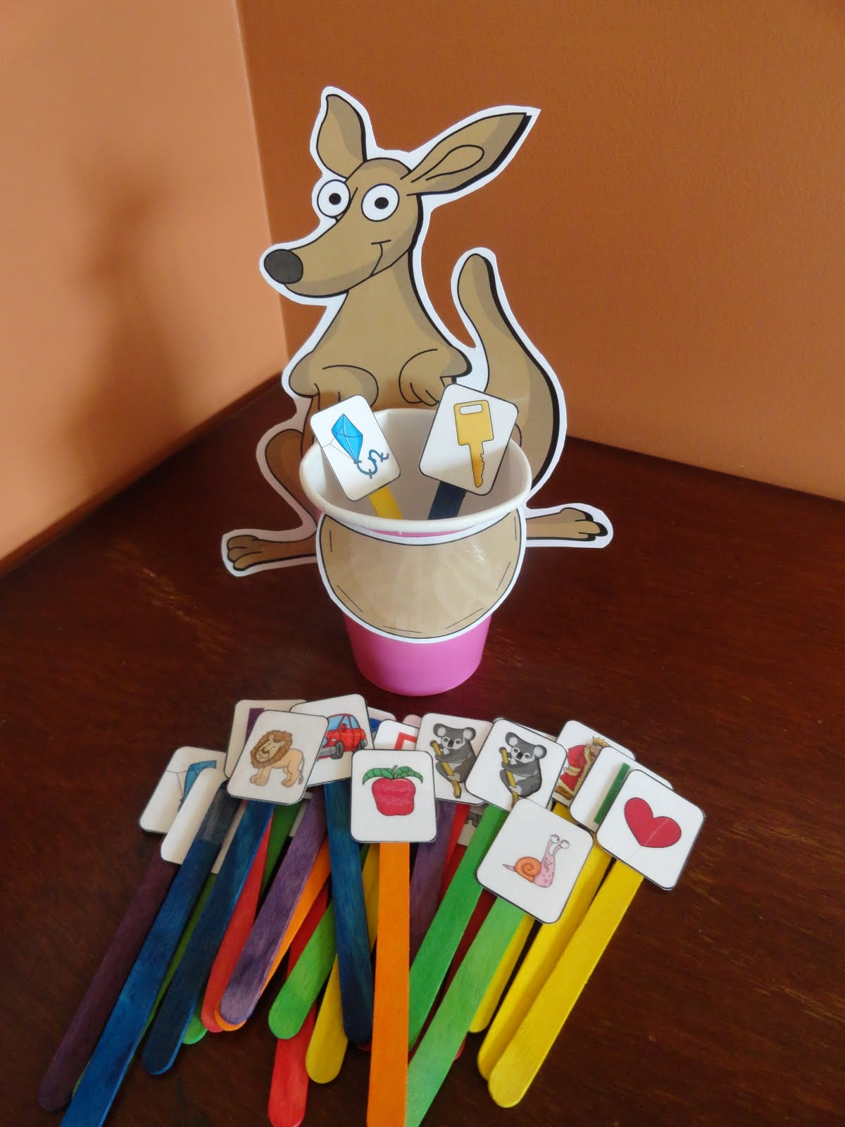 Kinder Garden: Izzie, Mac And Me: Storytime From A To Z: Miss