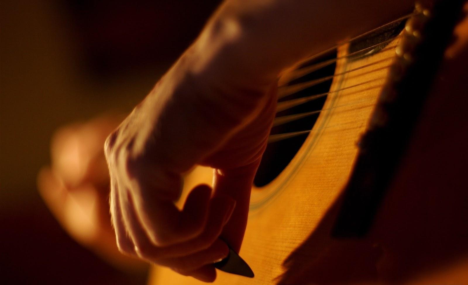 Звукорежиссура: Акустическая гитара в миксе. Крис Хафф