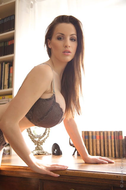 hot-jordan-carver-table-sexy-photo-shoot-hd-2