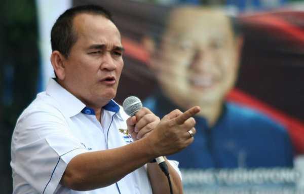 Ruhut Dukung Jokowi Perkarakan Proyek Mangkrak Era SBY