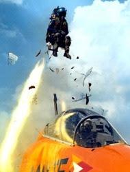 Πως λειτουργεί το κάθισμα εκτίναξης στα μαχητικά αεροσκάφη;