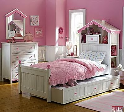 Girls Bedroom Design For Small Space