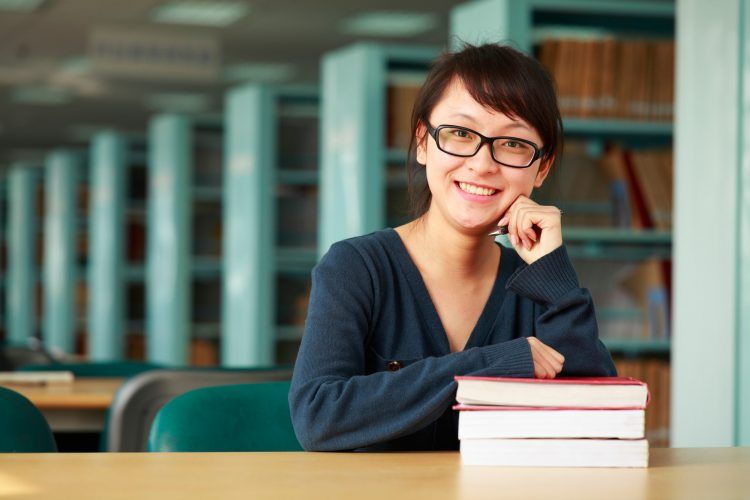 5 Dangerous Mistakes Students Make After Their First Year