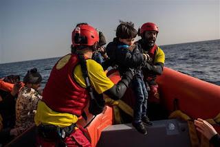 Η ισπανική ακτοφυλακή διέσωσε περισσότερους από 900 μετανάστες