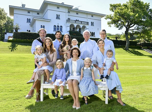 Crown Princess Victoria, Princess Estelle, Princess Madeleine, Princess Oscar, Queen Silvia, Prince Oscar, Princess Leonore, Prince Oscar at summer holiday