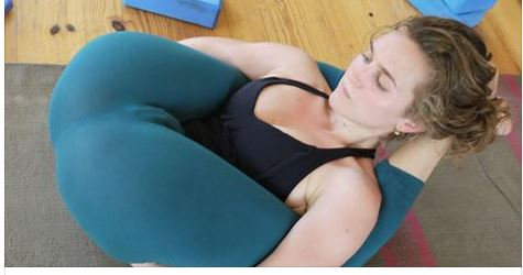 Yoga pant allows body flexibility - Welcome To Newsnowmagazines