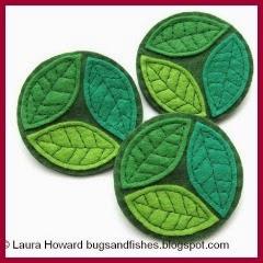 Broche hojas en fieltro