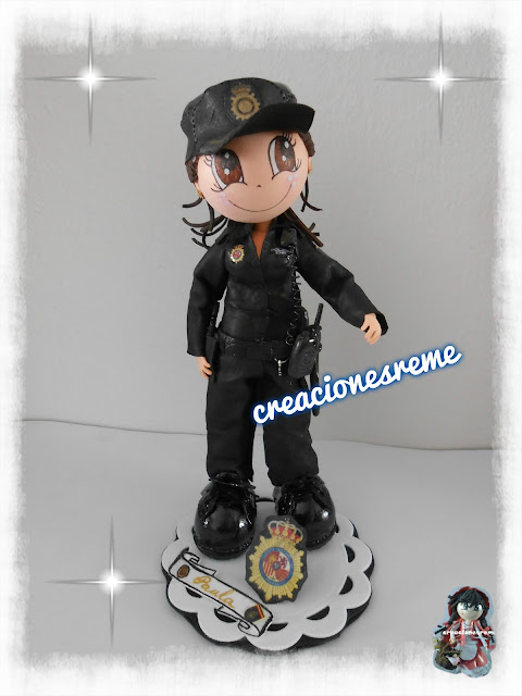 fofucha-creacionesreme-personalizadas-foami -policia
