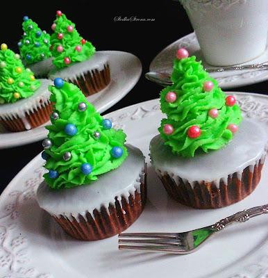 Babeczki - Bożonarodzeniowe Choinki - Przepis - Słodka Strona