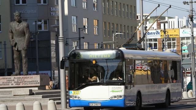 Czynniki wpływające na rozkład jazdy komunikacji miejskiej w Gdyni - Czytaj więcej »