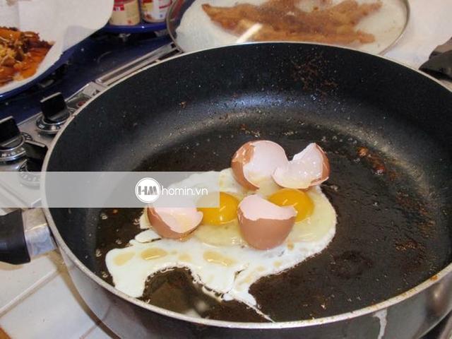 những cô nàng nấu ăn dở 3