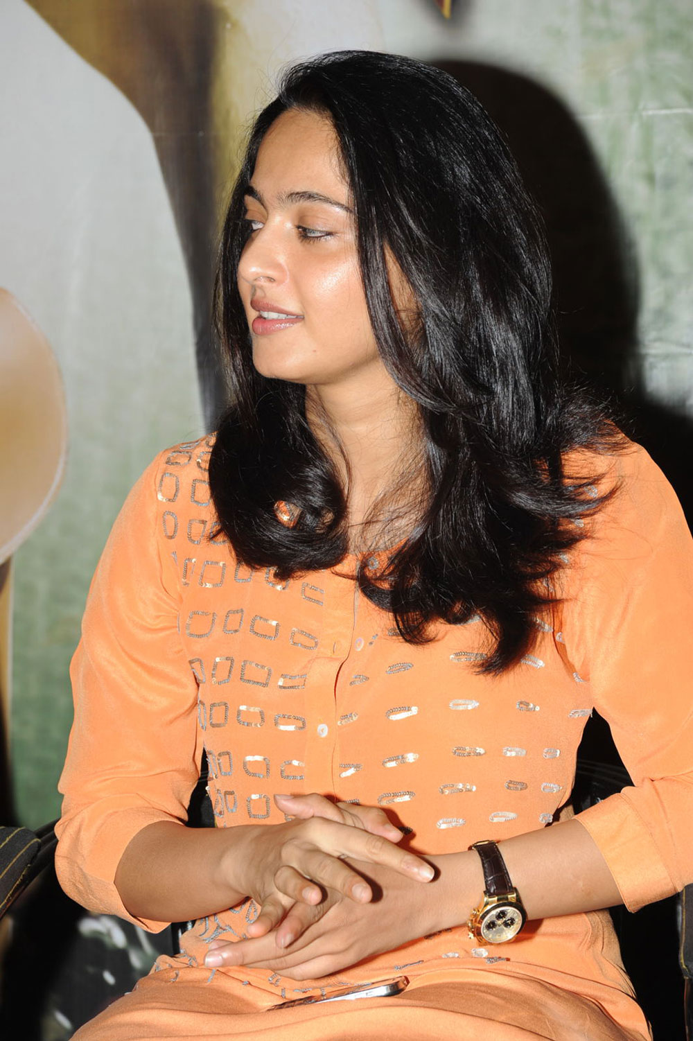 Anushka latest cute photos at singam press meet