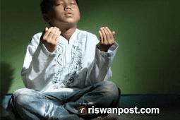 Doa Untuk Kedua Orang Tua (Ibu dan Bapak) Beserta Latin Dan Terjemahnya
