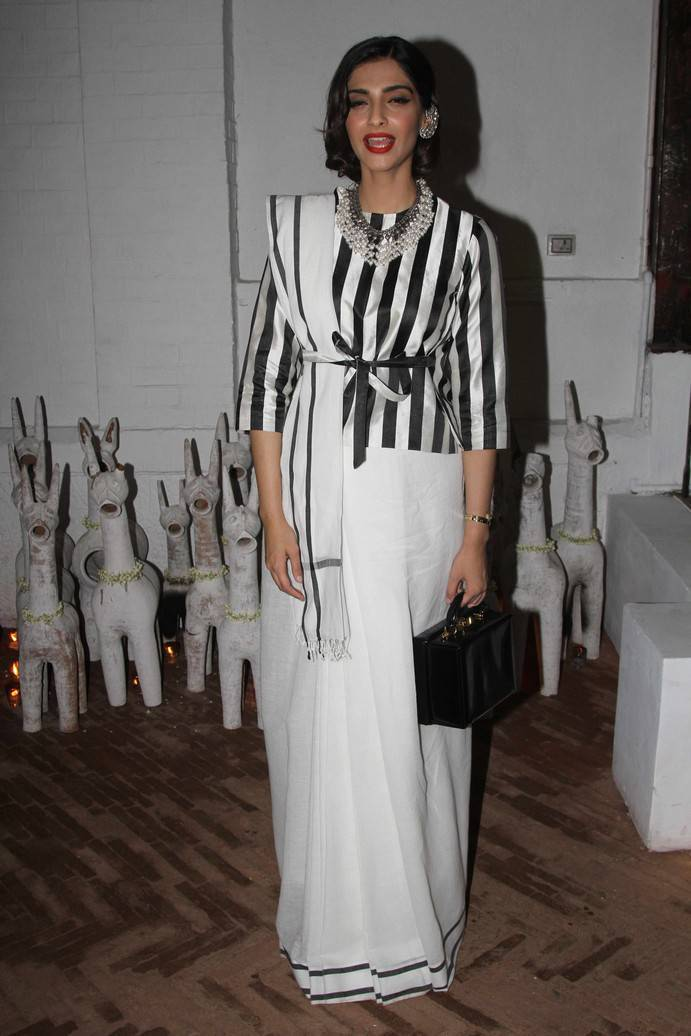 Sonam Kapoor Stills At Raw Mangoes Store Launch
