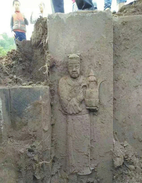Ancient tomb uncovered by villagers in southwest China