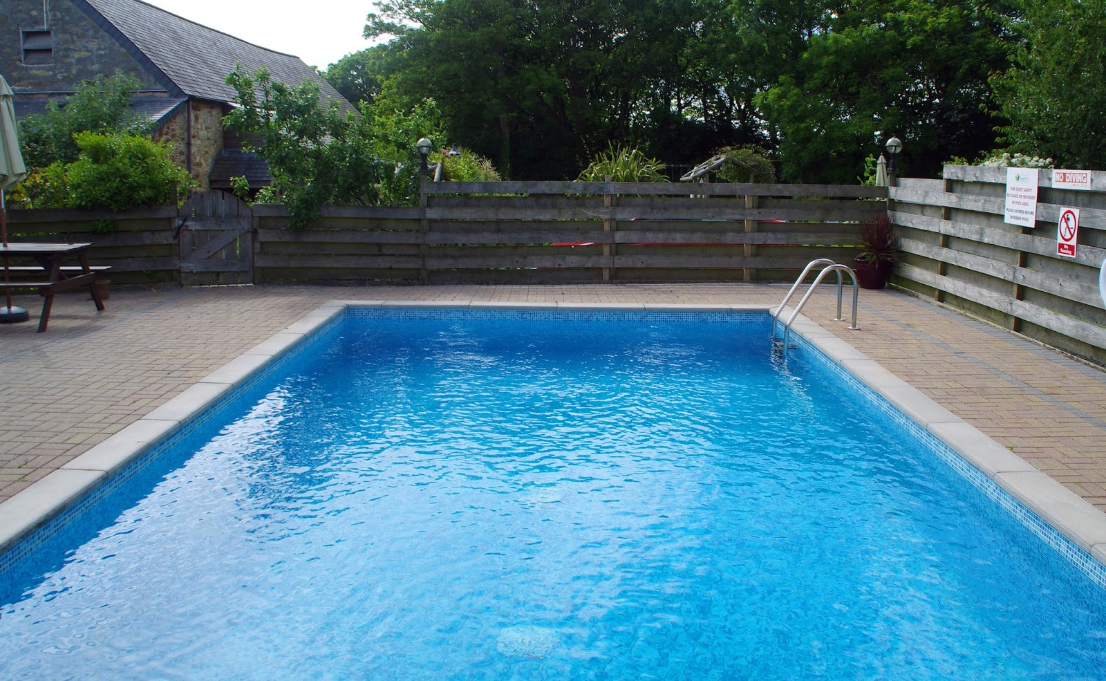 Country View Cottages Cornwall Pool