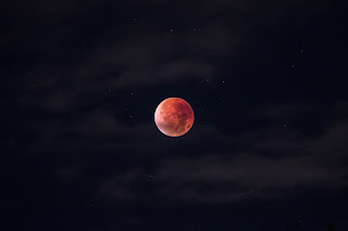 Khutbah Gerhana Bulan