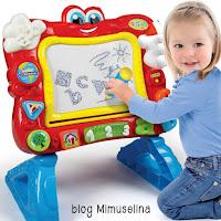 pizarra cantarina magnética ideas regalo bebés dos años blog mimuselina