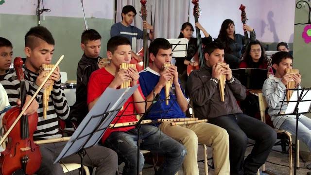 Orquesta El Tambo. La Música en Buenas Manos (Documental Estreno)