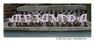 letras de madera infantiles para apoyar Alejandra babydelicatessen