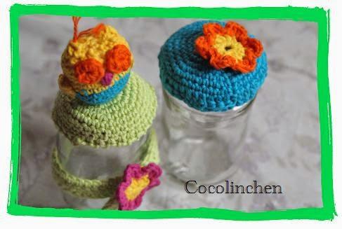 http://cocolinchenundkatti.blogspot.de/2014/06/gehakelte-marmeladendeckel.html