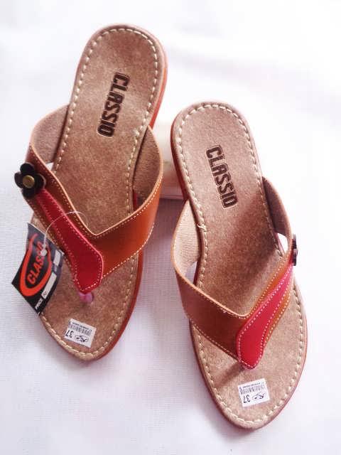 Pabrik Dan Grosir Sandal Kulit Wanita Garut
