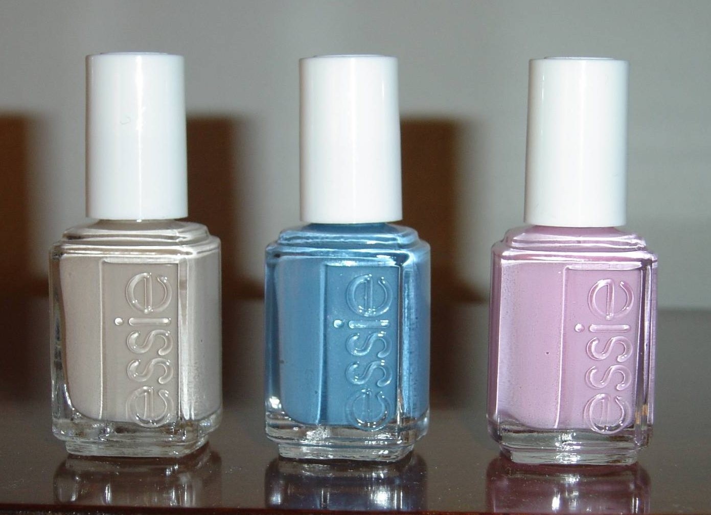 Essie Spring 2011 Collection: French Affair