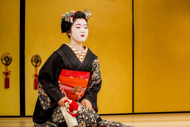 La cortesía preciosista y armoniosa del Kyomai :: Canon EOS5D MkIII | ISO 800 | Canon70-200@70mm | f/4.0 | 1/125s