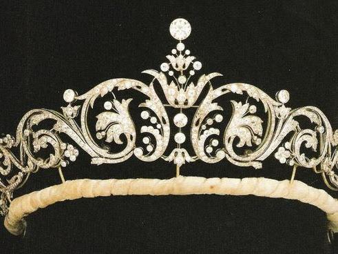 Jaką tiarę może wybrać księżniczka Eugenie na swój ślub?