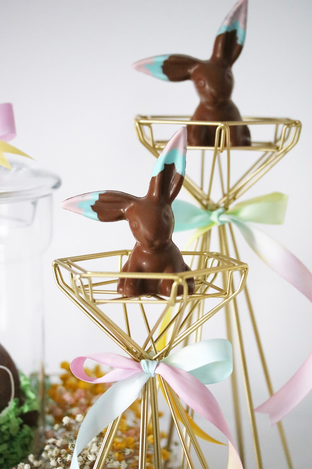 Oh Hoppy Day ... Easter centrepiece ideas