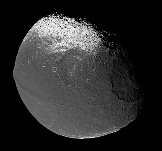 Equatorial ridge , Iapetus
