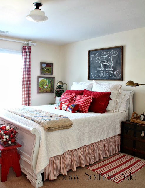 Fashion Inspired Guest Room: Savvy Southern Style : Holiday Bedroom Ideas
