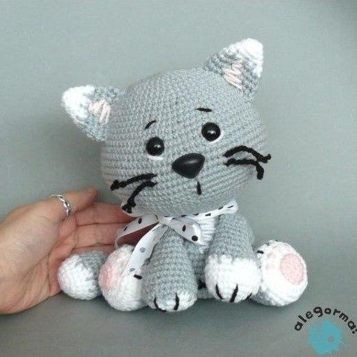 1000 схем амигуруми на русском: Милый котик крючком