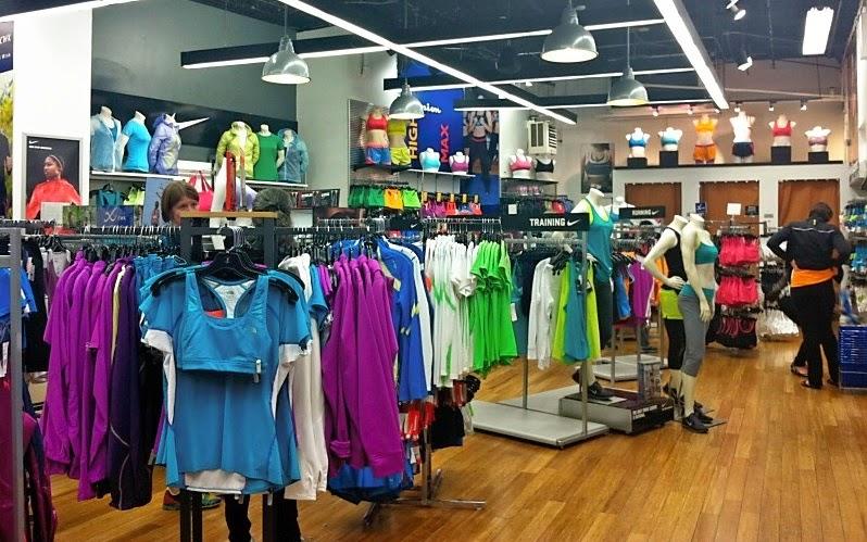 772ff90dad Loja Paragon Sports Store em Nova York