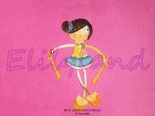 Muñeca Fieltro Gimnasta Mazas Mini-Elily